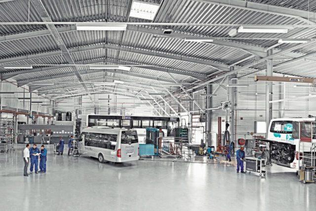 Daimler Buses continúa moviendo al mundo