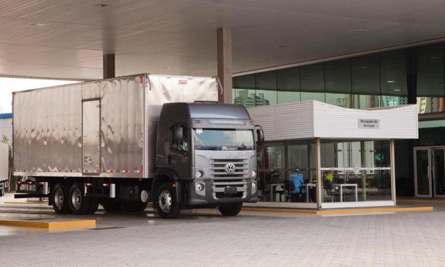 VW Caminhões e Ônibus extiende el período de revisión de vehículos para sus clientes en todo el mundo