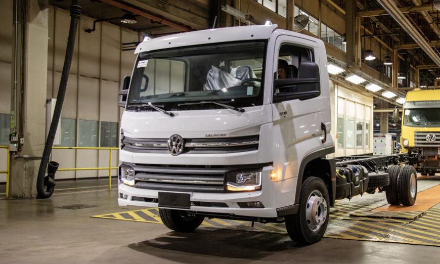 Volkswagen Caminhões e Ônibus entrega el primer camión Delivery 9.170 a la empresa Lucca Jr Eireli, de Ourinhos (SP)
