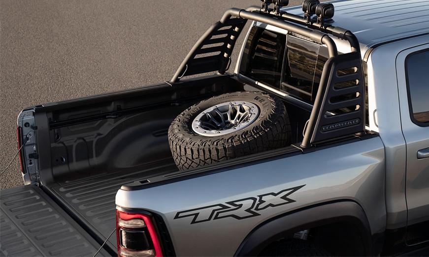 Mopar ofrece más de 100 accesorios de fábrica para la pickup más rápida y poderosa del mundo: la nueva Ram 1500 TRX