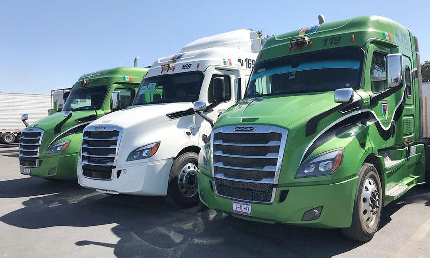 Daimler Trucks entrega 20 Nuevo Cascadia a Transportes Arlequín