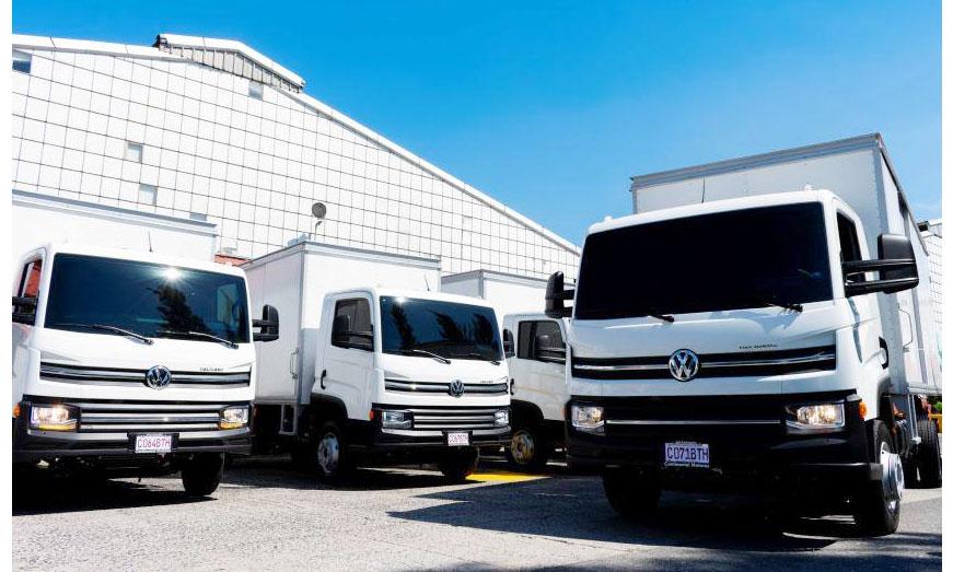 VWCO embarca nueve Camones Delivery para cliente en Guatemala