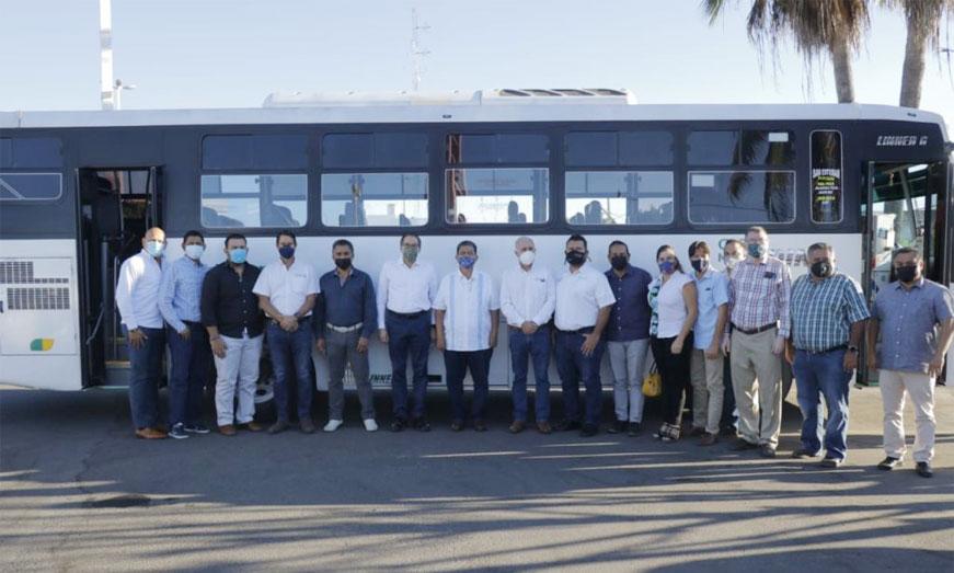 Manzanillo prueba buses a GNC