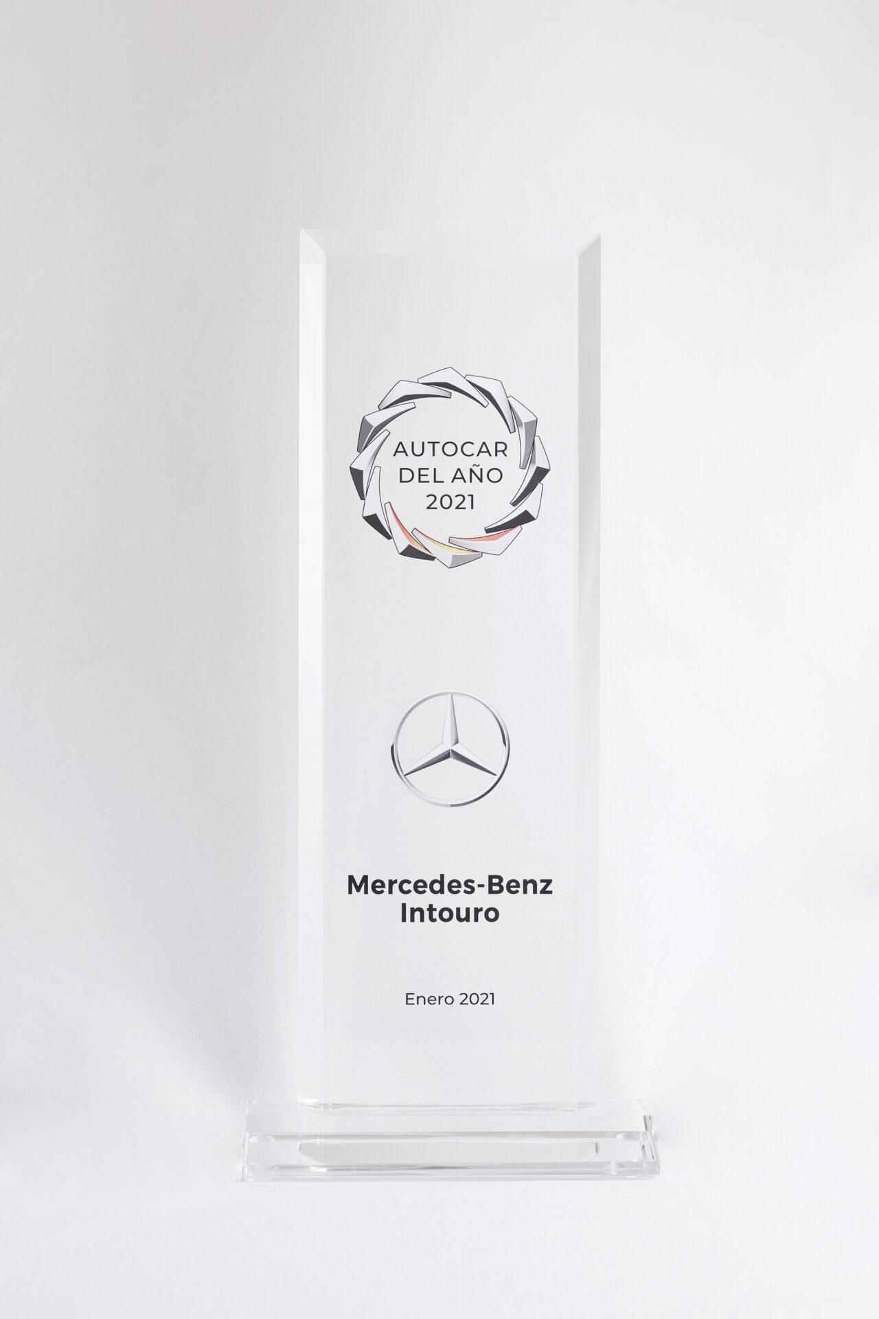 """Nuevo Mercedes-Benz Intouro recibe el reconocimiento """"Touring Coach of the Year"""""""
