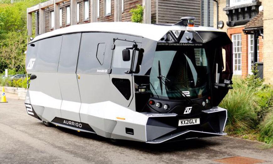 Los primeros autobuses de pasajeros autónomos hechos a medida