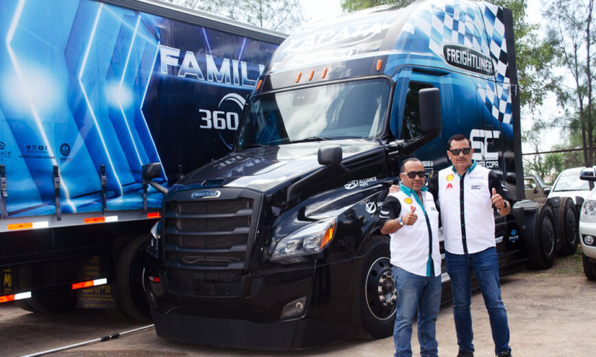Plateros Trucking fortalece su operación con unidades Cascadia