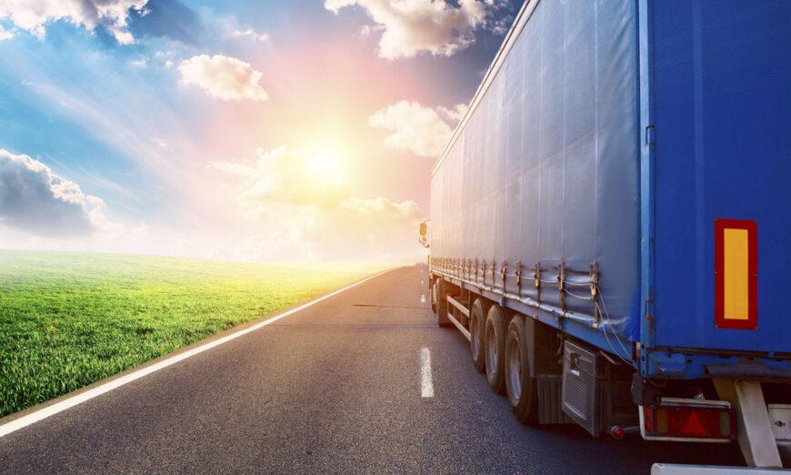 La industria automotriz convierte en más sustentable la conducción de autos, ¿Podrá hacer lo mismo en la transportación de piezas?